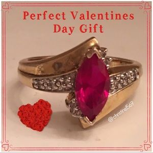 Jewelry - Ruby ring .0925 Size 5